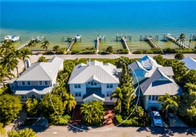 565 BUTTONWOOD BAY DRIVE, BOCA GRANDE, Florida 33921, 4 Bedrooms Bedrooms, ,3 BathroomsBathrooms,Residential,Sold,BUTTONWOOD BAY,MFRD6115633