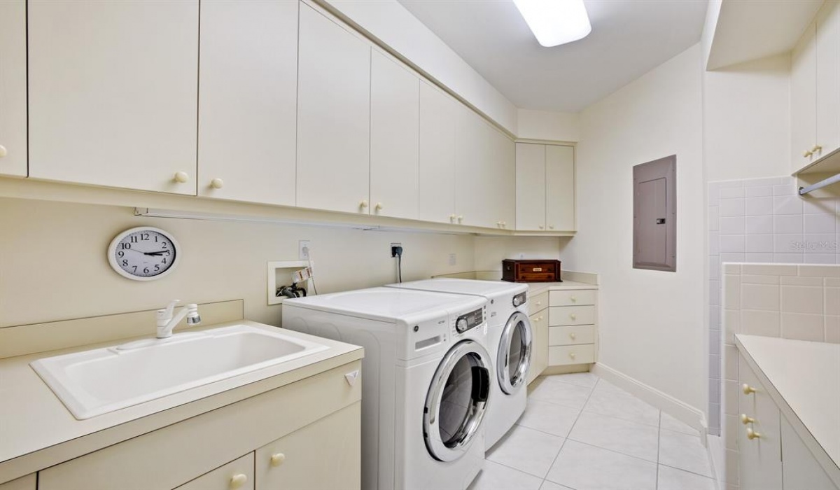 1612 GASPAR DRIVE, BOCA GRANDE, Florida 33921, 4 Bedrooms Bedrooms, ,4 BathroomsBathrooms,Residential,Sold,GASPAR,MFRD6118917